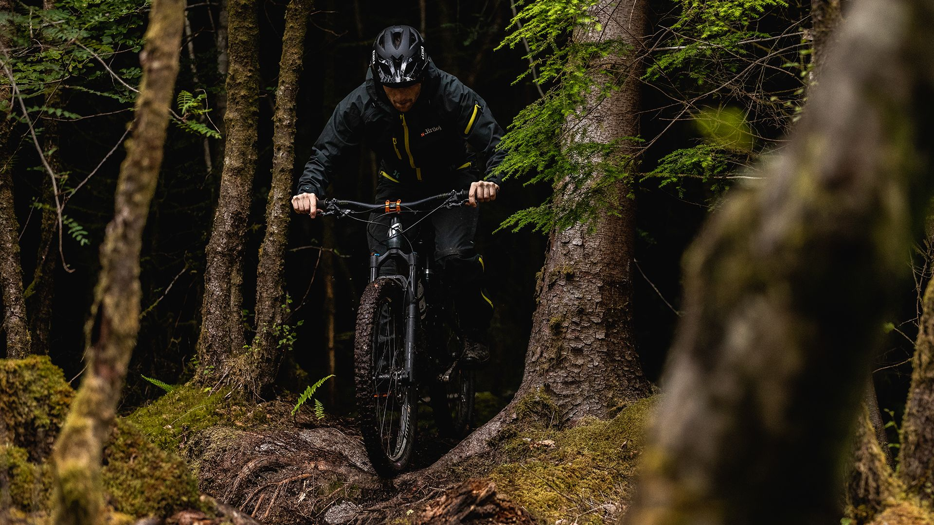 dirtlej - dirtsuit core edition
